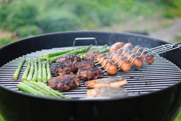 grilling-1081675_1280